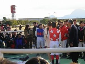 グランドフィナーレ 佐藤智久騎手競馬場結婚式